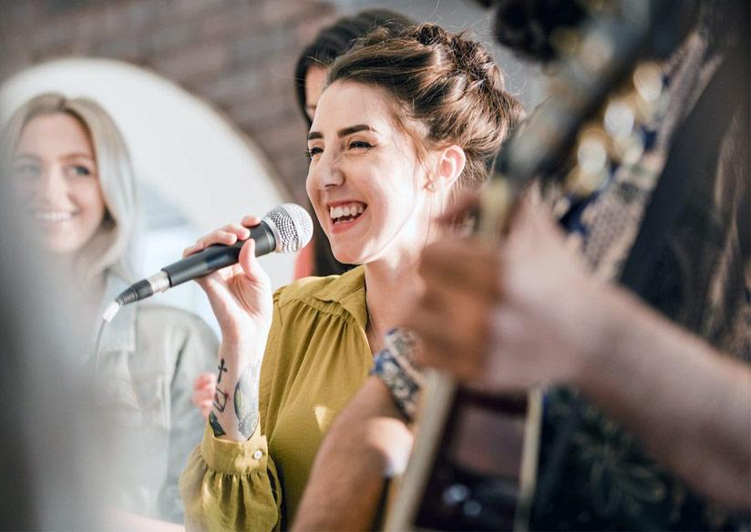 musicos artistas nuevo iva